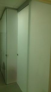 раздвижная дверь в перегородке 6