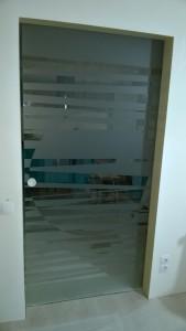 стеклянная сдвижная дверь 2