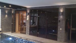 стеклянные перегородки в бане
