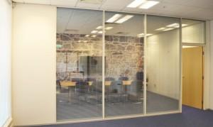 13 алюминиевые офисные перегородки с жалюзи