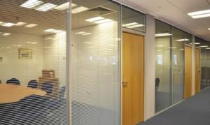 14 офисные перегородки с жалюзи
